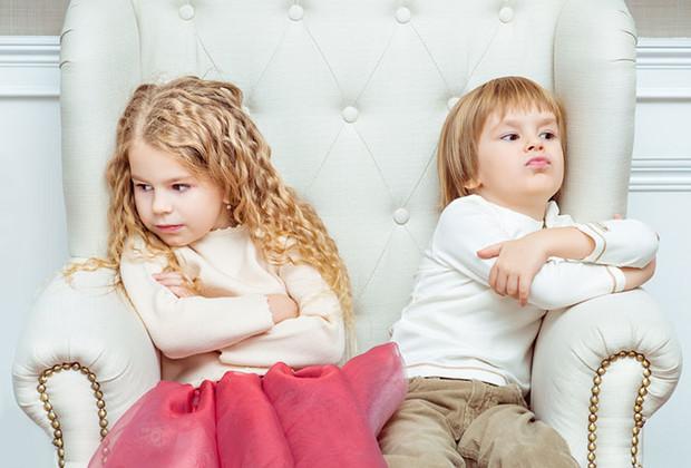 Дети-погодки: плюсы и минусы, отзывы