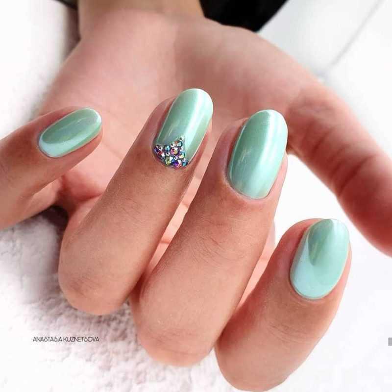 mint-nail-24