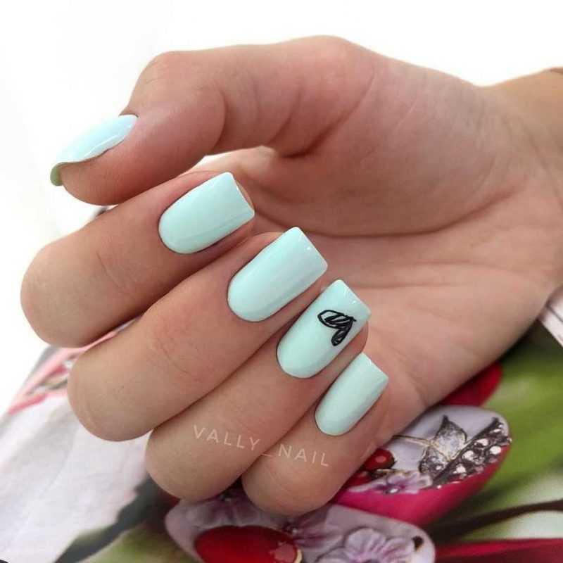 mint-nail-79