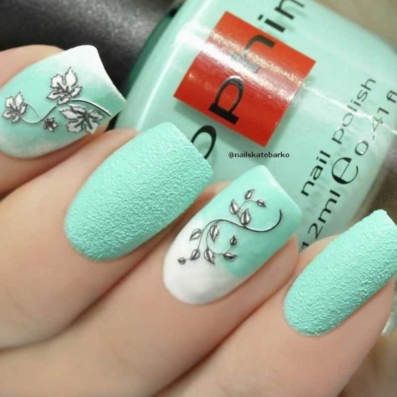 mint-nail-95