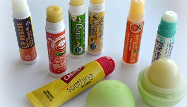 Бальзамы для губ: 7 видов + рейтинг ТОП-11